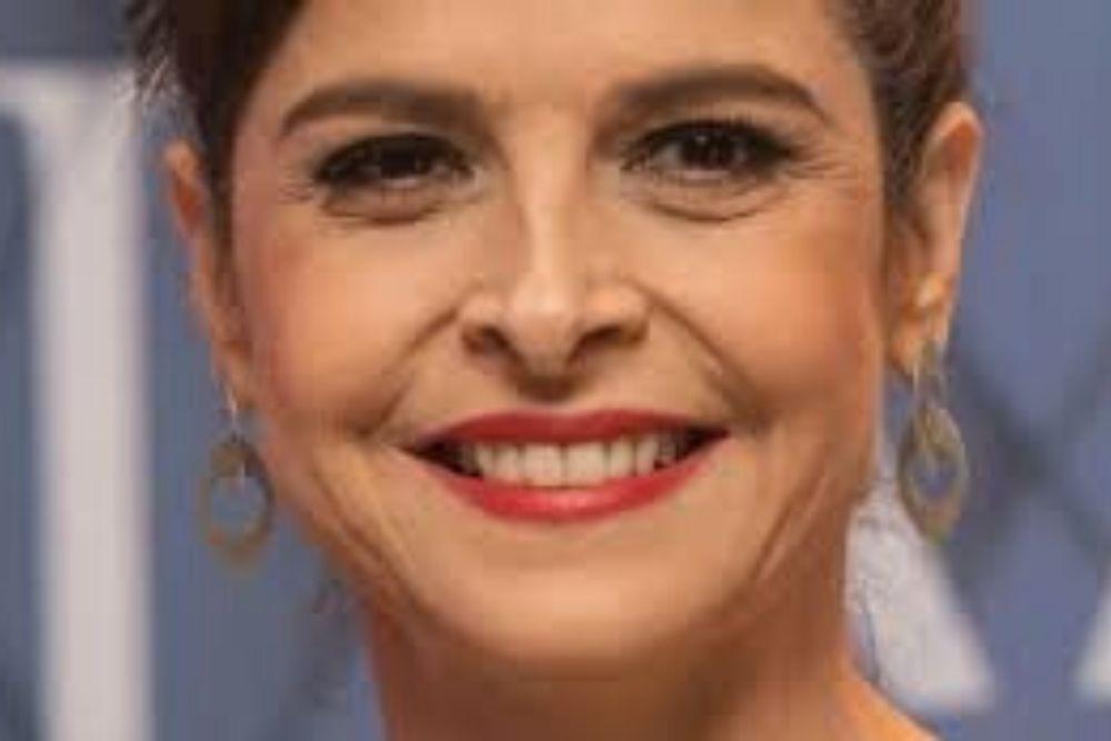 O amor bate na aorta de Carlos Drummond de Andrade por Drica Moraes
