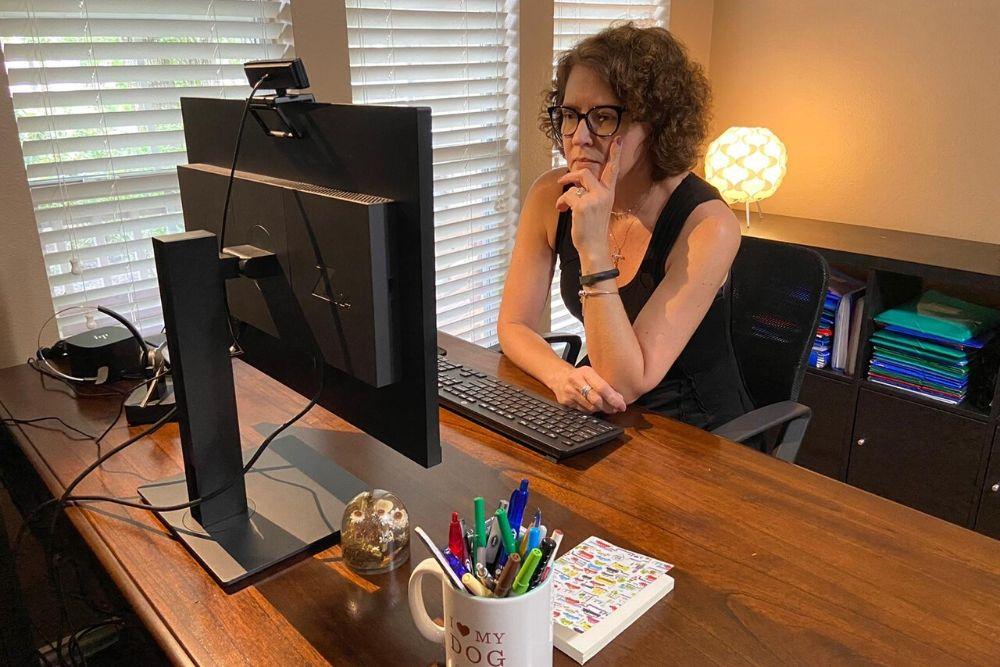 O virtual também é humano por Suze Smaniotto